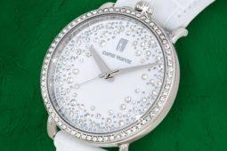 Capri Watch's Swarovski Crystals: the emblem of elegance
